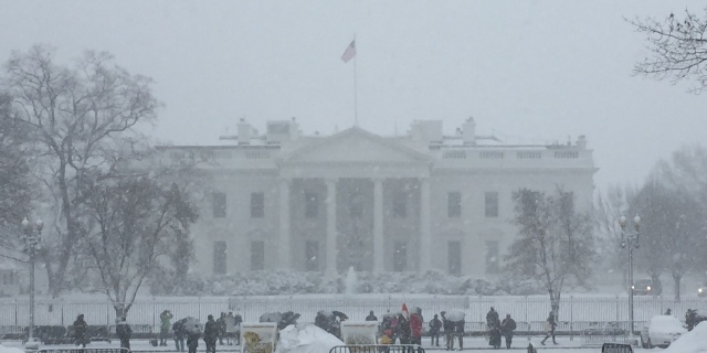 WhiteHouse_Snow