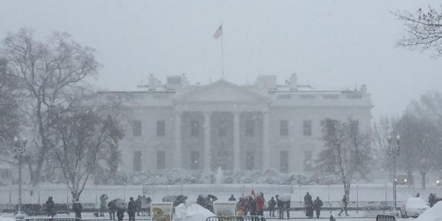 WhiteHouse_Snow